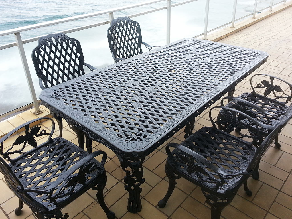 Powder coated outdoor furniture
